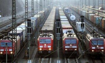 Laikraksts: 'Al Qaeda' gatavo uzbrukumus Eiropas dzelzceļiem