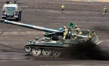 Japāna starptautiskās misijās turpmāk piedalīsies 'apbruņota'