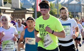 'Mēs to paveicām! un 'Vienkārši močī!' – soctīklotāji dalās ar maratona mirkļiem