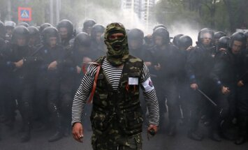 Doņeckas separātisti: Kijevai 24 stundu laikā no reģiona jāatsauc armija