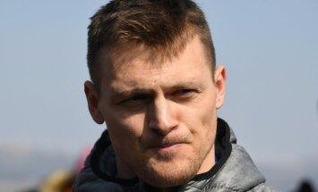 Latvijas karognesējs Daumants Dreiškens noslēdz bobslejista karjeru