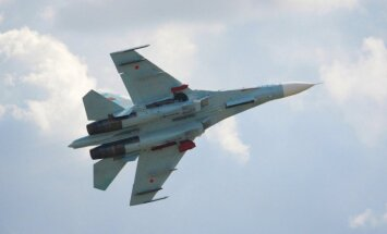 Krievijas armijas lidmašīnas naktī atkal riņķojušas Latvijas pierobežā