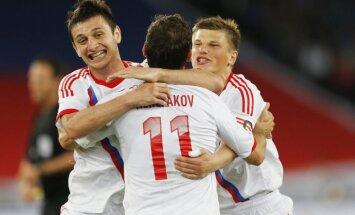 Krievijas futbola izlase pārbaudes spēlē pārliecinoši uzvar Itāliju