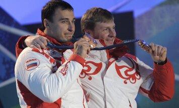 CAS bijušo olimpisko čempionu bobslejā Vojevodu atzinusi par vainīgu dopinga manipulācijās