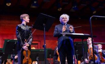 Foto: Dzintaru koncertzālē izskanējis Ziemassvētku festivāls
