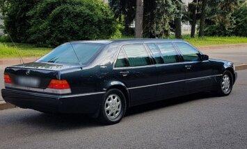 Foto: Pārdošanā nonācis Jeļcina 'Mercedes' limuzīns par pusmiljonu eiro