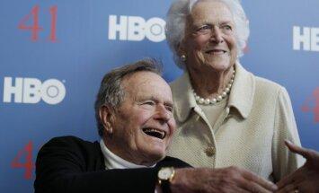 ASV eksprezidents Džordžs Bušs vecākais lauzis kakla skriemeli