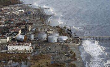Lielbritānija nosūtīs uz Filipīnām helikopteru bāzes kuģi