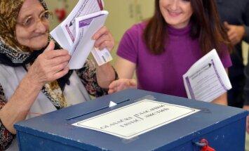 Foto: Bosnijā notiek vispārējās vēlēšanas