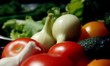 'Zemnieku saeima': Dārzeņu un augļu izcelsmes kontrolei jābūt vēl stingrākai