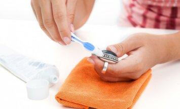 Zobu pasta kā iedarbīgs palīglīdzeklis mājas darbos