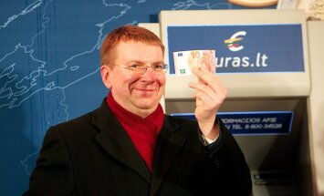 Lietuva veiksmīgi pievienojusies eirozonai