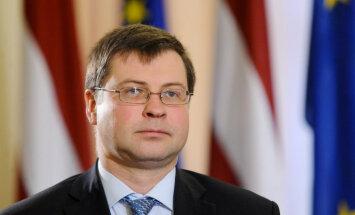 ASV nespējai vienoties par parādsaistību griestu palielināšanu sekas var būt neprognozējamas, bažījas Dombrovskis