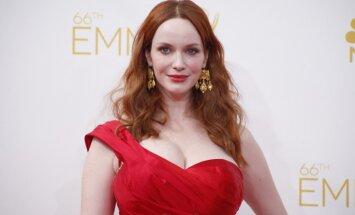 Lielākās krūtis Holivudā: aktrisei Kristīnai Hendriksai – 40