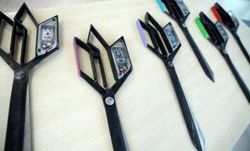 Foto: Gaismas pils atklāšanas lentes griešanas akcijā izmantoti unikāli risinājumi