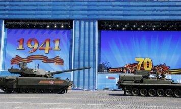 Krievijas armija pasūtījusi divus bataljonus 'Armata' tanku