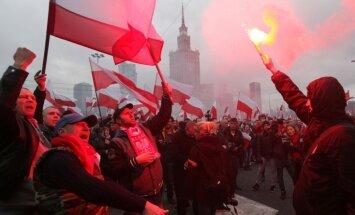 EP prezidents Polijas jauno vadību pielīdzina 'apvērsumam'