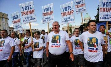 Serbijas ultranacionālisti protestos pret Baidena vizīti pauž atbalstu Trampam