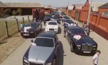 'Rolls Royce' un dejas: kā precas Kadirova māsasdēls