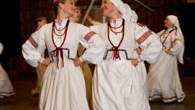 Noskaties! TDA 'Vektors' jaunā videoklipa izdejo latgaliešu precību stāstu