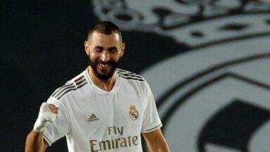 UEFA saistībā ar Superlīgu pārtrauc tiesas procesus pret Madrides 'Real', 'Barcelona' un 'Juventus'