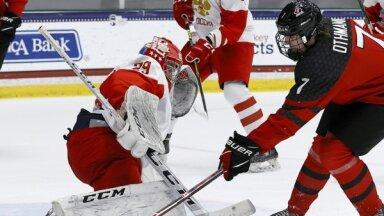 Kanādas hokejisti pasaules U-18 čempionāta finālā pieveic Krieviju