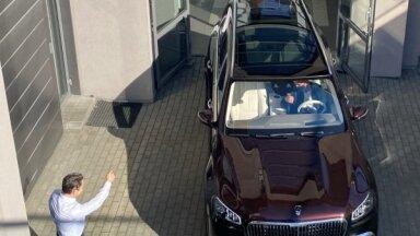 Foto: Latvijā pārdots pirmais vairāk nekā 250 tūkstošus vērtais 'Maybach' apvidnieks