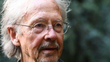 Nobela prēmijas literatūrā piešķiršana Handkem izsauc sašutumu Bosnijā un Kosovā