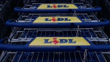 'Lidl' un 'Rimi' apgalvo, ka veikalu saīsināto darbalaiku dēļ darbinieku algas nesamazināsies