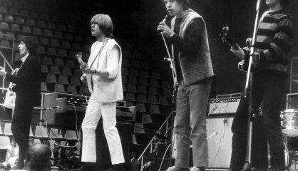1964 год: Война против церкви, победа дерматина и дебют The Rolling Stones