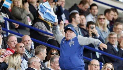 Ar futbola dieva svētību... Regbija 'pumām' gadsimta kauja Maradonas zīmē