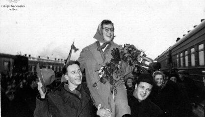 1956 год: Кастро захватывает Кубу, СССР сокращает рабочую неделю, Инесе Яунземе выигрывает золото Игр
