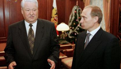 1999. gads: Darbību sāk portāls 'Delfi', atklāj jauno Melngalvju namu, pie varas nāk Putins