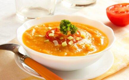 Тыквенный крем-суп с помидорами