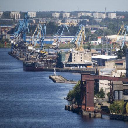 Pabeigti Rīgas ostas piestātņu un kuģošanas kanāla padziļināšanas darbi