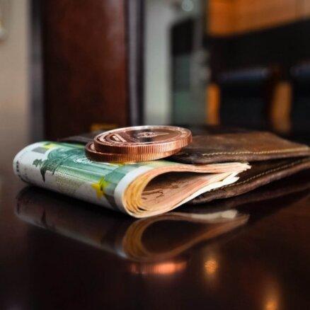 VID: algas nodokļu plaisa lēnām, bet stabili samazinās
