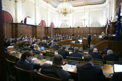 Saeimā pielaide valsts noslēpumam kopumā atteikta desmit deputātiem