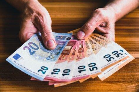 Apturēts PVN izkrāpēju un noziedzīgi iegūtu līdzekļu legalizētāju grupējums