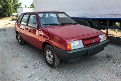 ФОТО, ВИДЕО: На Украине нашли новый 27-летний ВАЗ-21093 с пробегом 49 километров