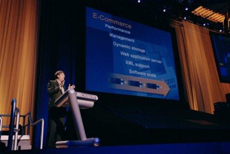 Programmatūru renesanse - Windows 2000