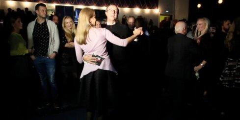 Igaunijas prezidents Ilvess saderinājies ar savu latviešu mīļoto Ievu