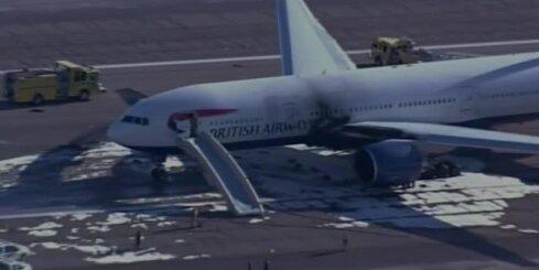 Lasvegasas lidostā aizdegusies 'British Airways' lidmašīna; ievainoti vairāki cilvēki