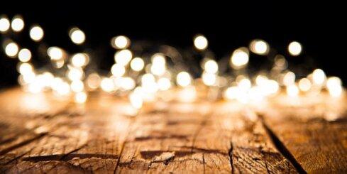 Par naudu, vīru un nāvi: zīlēšanas metodes svētku vakaram
