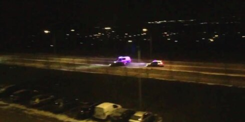 Igaunijas policija dzenas pakaļ 18 gadus vecam 'BMW' vadītājam