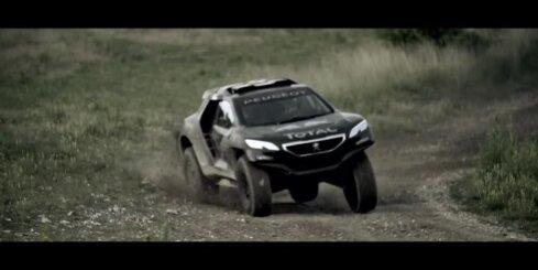 'Peugeot' demonstrē sava Dakaras rallija auto spējas
