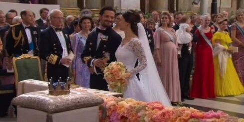 Zviedrijas princis apprecējies ar realitātes šova zvaigzni