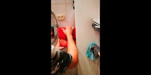В Иманте в квартире прорвало трубу и затопило 9 квартир