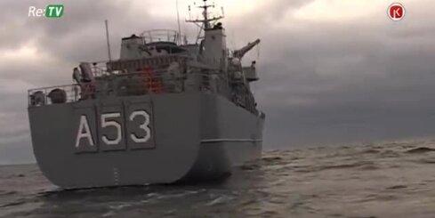 Latvijas Jūras spēki Baltijas jūrā trenējas un spridzina