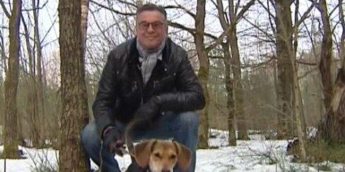 Ivars Kalniņš stājas pretī klaiņojošiem suņiem