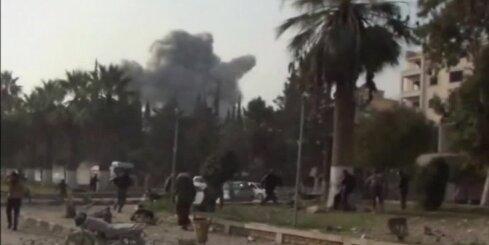 Gaisa uzlidojumos Sīrijā desmitiem nogalināto